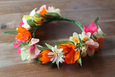 How to Make a Paper Flower Crown IMR640