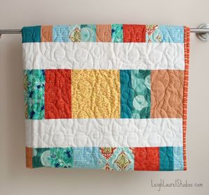 Bright and Cheery Fat Quarter Crib Quilt