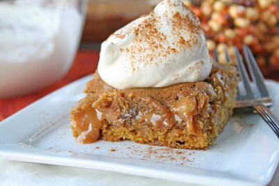 Ooey Gooey Caramel Pumpkin Blondies