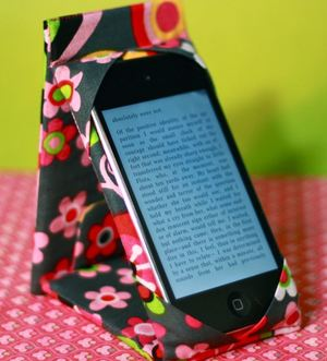 iPod or iPhone Case Stand