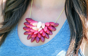 Pretty Ombre Pistachio Shell Necklace