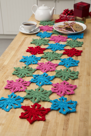 Hawaiian Christmas Table Runner