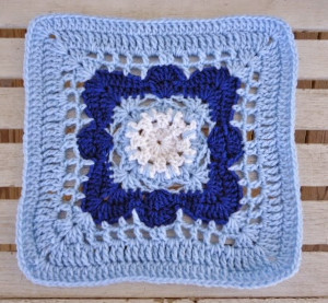 Let It Snow Granny Square Pattern