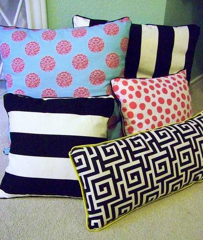 DIY No Sew Pillows & DIY No Sew Pillows | AllFreeSewing.com pillowsntoast.com