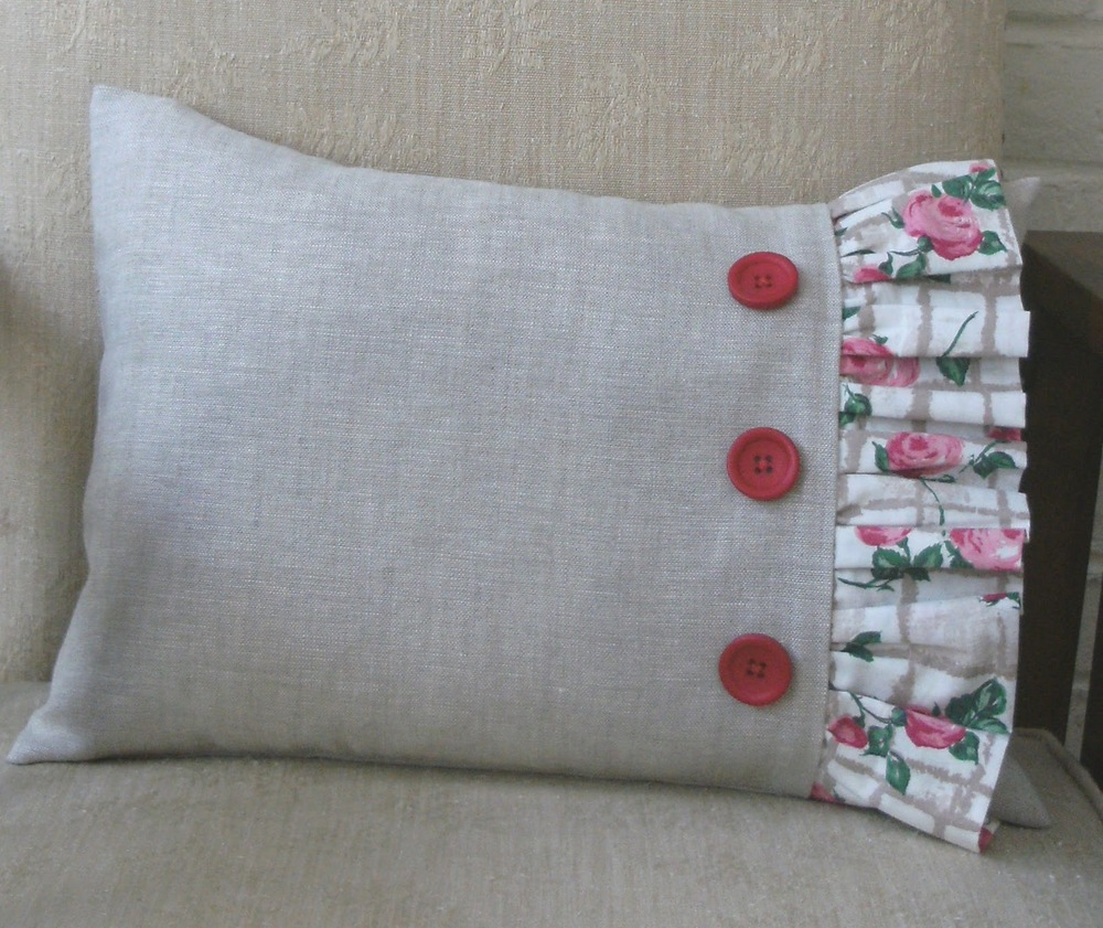 Homemade Pillow Cover Ideas: Make a Frilled Cushion   AllFreeSewing com,