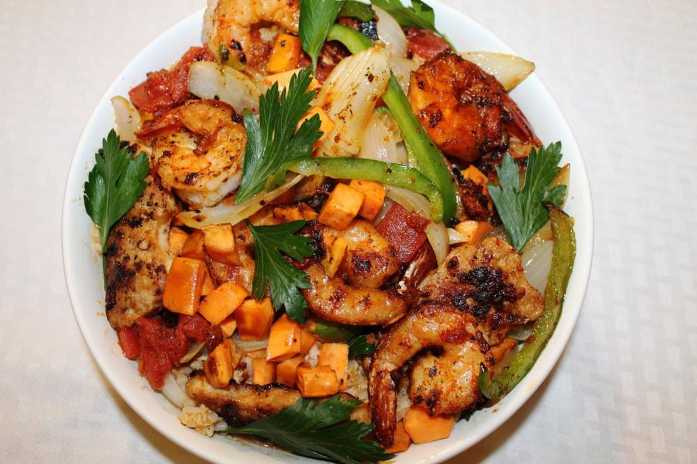West African Chicken and Shrimp Stir Fry | RecipeLion.com
