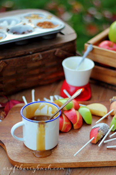 Delicious Caramel Apple Bar