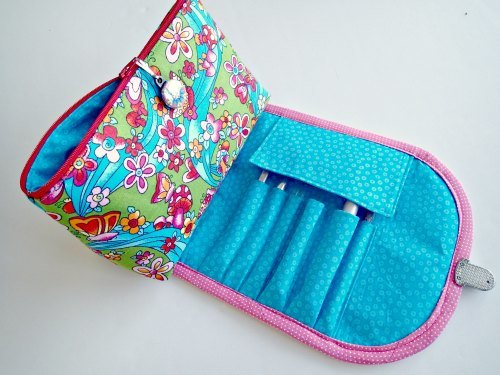 DIY Makeup Bag for Brushes