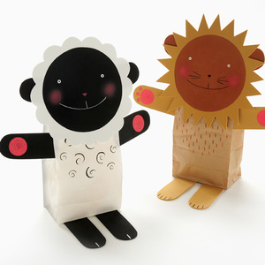 Easy Lion and Lamb Puppets
