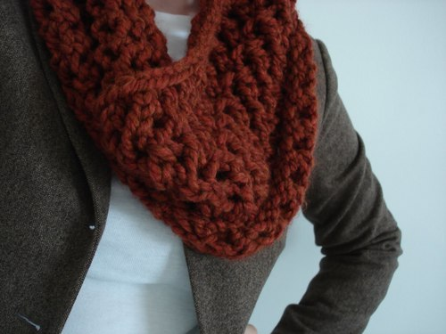 Cinnamon and Spice Cowl