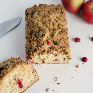 Simple Cranberry Apple Bread with Almond Streusel