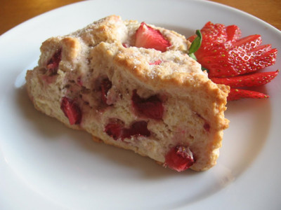Breakfast Strawberry Scones
