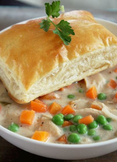 Southern-Style Slow Cooker Chicken Pot Pie