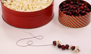 Decorating for the Holidays: How to Make a Popcorn Garland