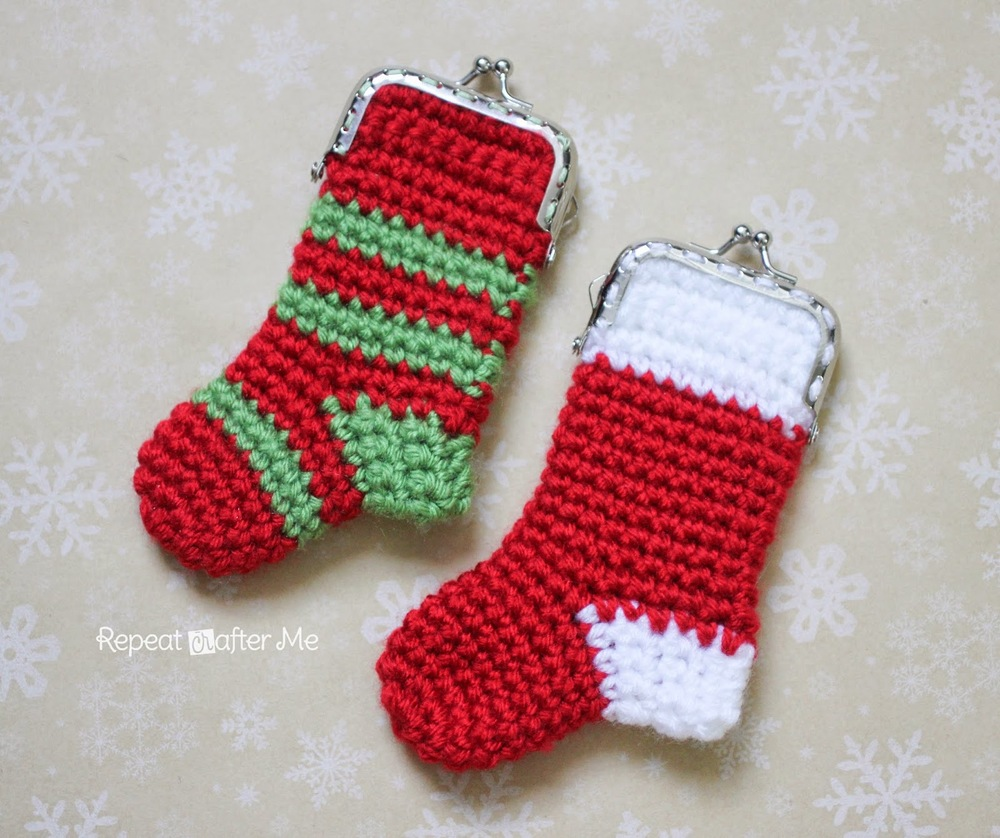 crochet christmas stocking coin purse allfreecrochet com