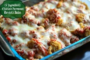 5-Ingredient Chicken Parmesan Ravioli Bake