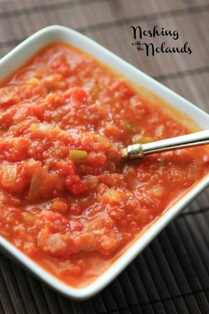 Classic Freezer Tomato Sauce