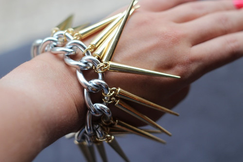 Shiny Spike Bracelet