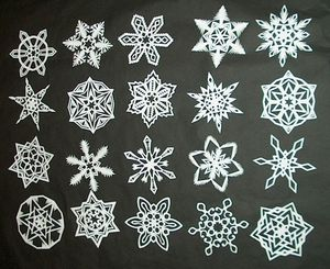 Simply Stunning Paper Snowflakes