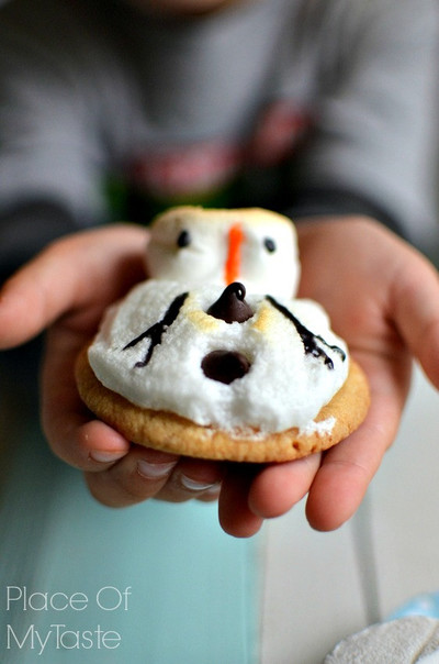 Adorable Melted Snowman Cookies