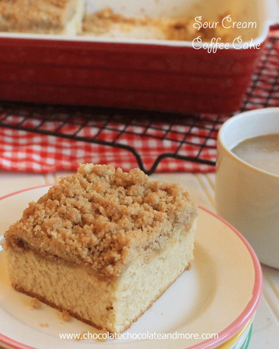 Sunday Morning Sour Cream Coffee Cake