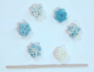 Stunning Snowflake Raibow Loom Charms