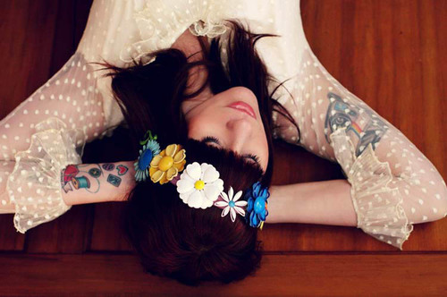 Flower Child 1960s-Inspired Retro Headband