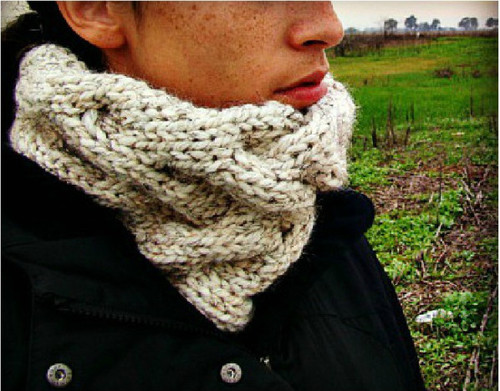 Criss Cross Cable Cowl