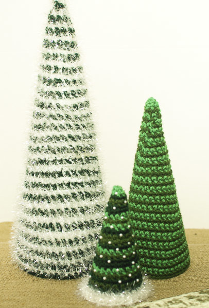 If You Need To Spruce Up Your Holiday Decor, These Insanely Fast And Easy  Christmas Trees Should Definitely Be At The Top Of Your Christmas Crochet  Patterns ...