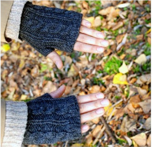 Cable Knit Handwarmers