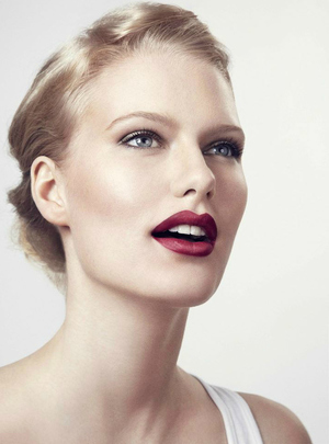 How to Get the Perfect Red Pout