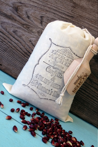 Loveland Acre's Popcorn 2 Pound Muslin Bag