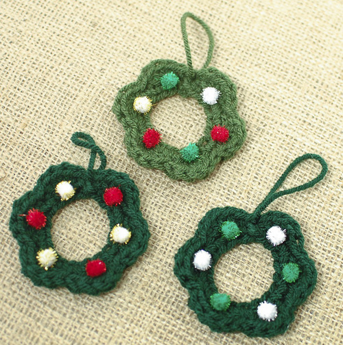 Mom S Christmas Wreath Ornaments Allfreecrochet Com