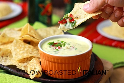 Applebees Copycat Spicy Queso Blanco