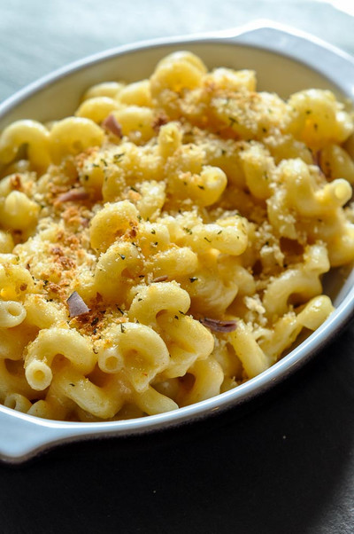 Longhorn Steakhouse Copycat Mac and Cheese