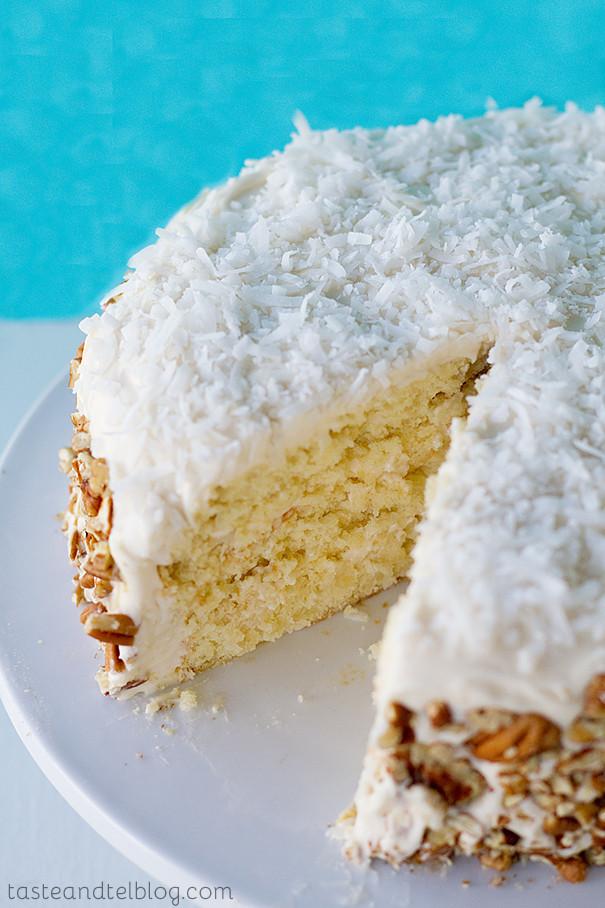Fluffy Italian Cream Cake Thebestdessertrecipes Com
