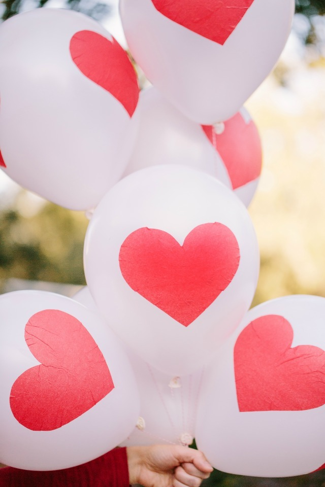 Seriously Cute Diy Heart Balloons Allfreeholidaycrafts Com