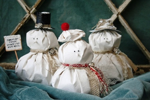 Faux-Fabric Snowmen
