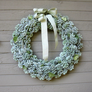 Gorgeous Glitter Pine Cone Wreath