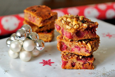Traditional Christmas Cranberry Bars