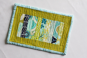 Scrappy Stack Mug Rug Tutorial