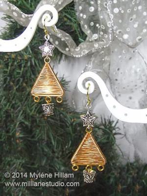 Shimmering Gold Christmas Tree Earrings