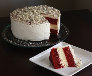 Homemade Cheesecake Factory Red Velvet Cheesecake Cake