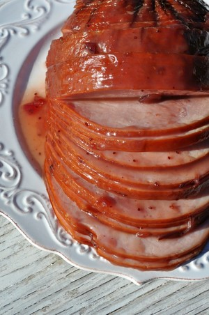Slow Cooker Cranberry Glazed Ham