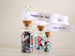 New Year's DIY Confetti Bottles