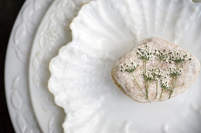 Perfect Pressed Flower Pebble Favors