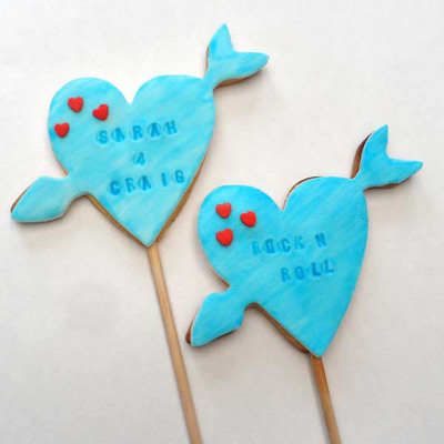 Yummy Heart-Shaped Cookie Pops