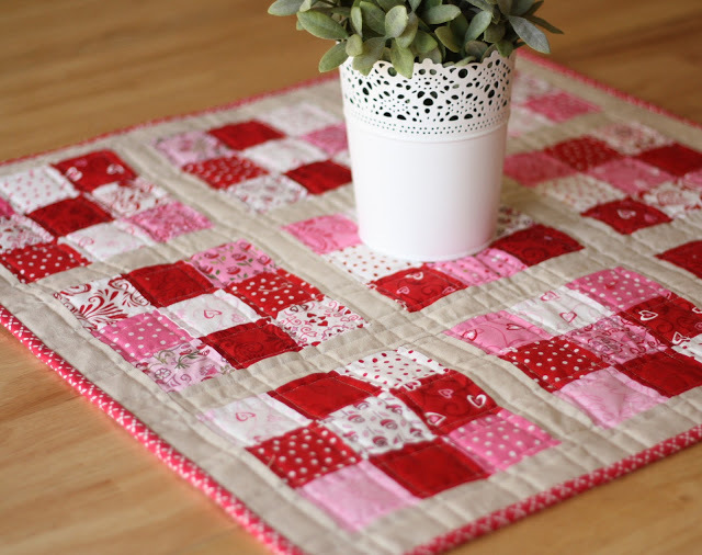Scrappy Nine Patch Mini Quilt Favequilts Com