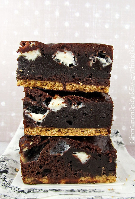 Unforgettable S Mores Brownies Thebestdessertrecipes Com