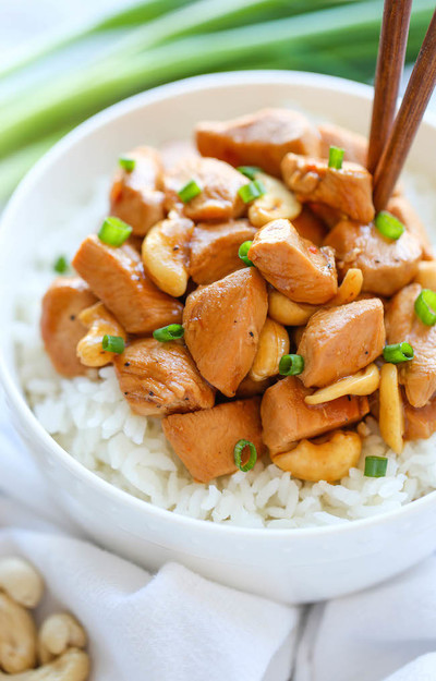 Homemade Slow Cooker Cashew Chicken